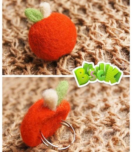 шерстяное кольцо яблоко